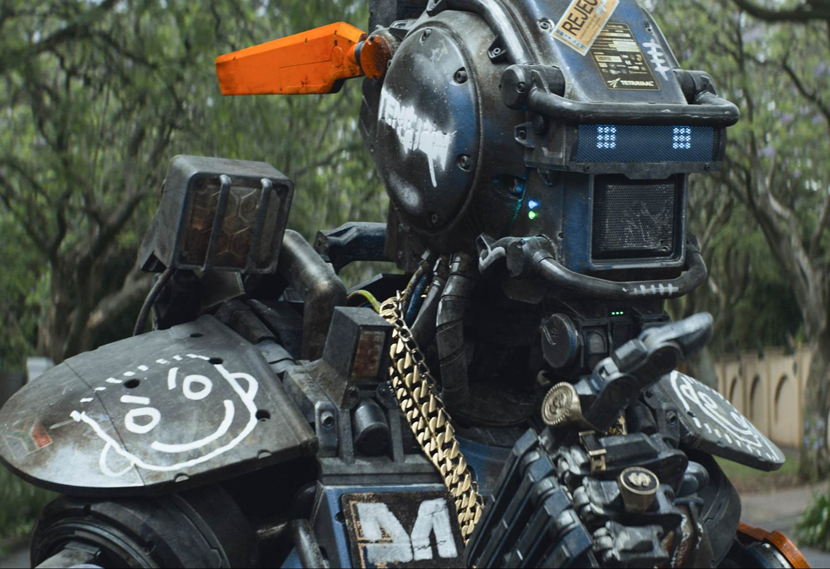 chappie2 e1623943018706 The Best (And Worst) Movie Robots