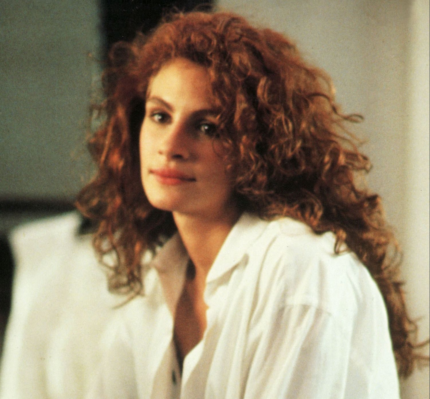 hbz perms julia roberts htra230 vv041 h e1623424966162 80s Fashion Trends We Should Leave Behind For Good