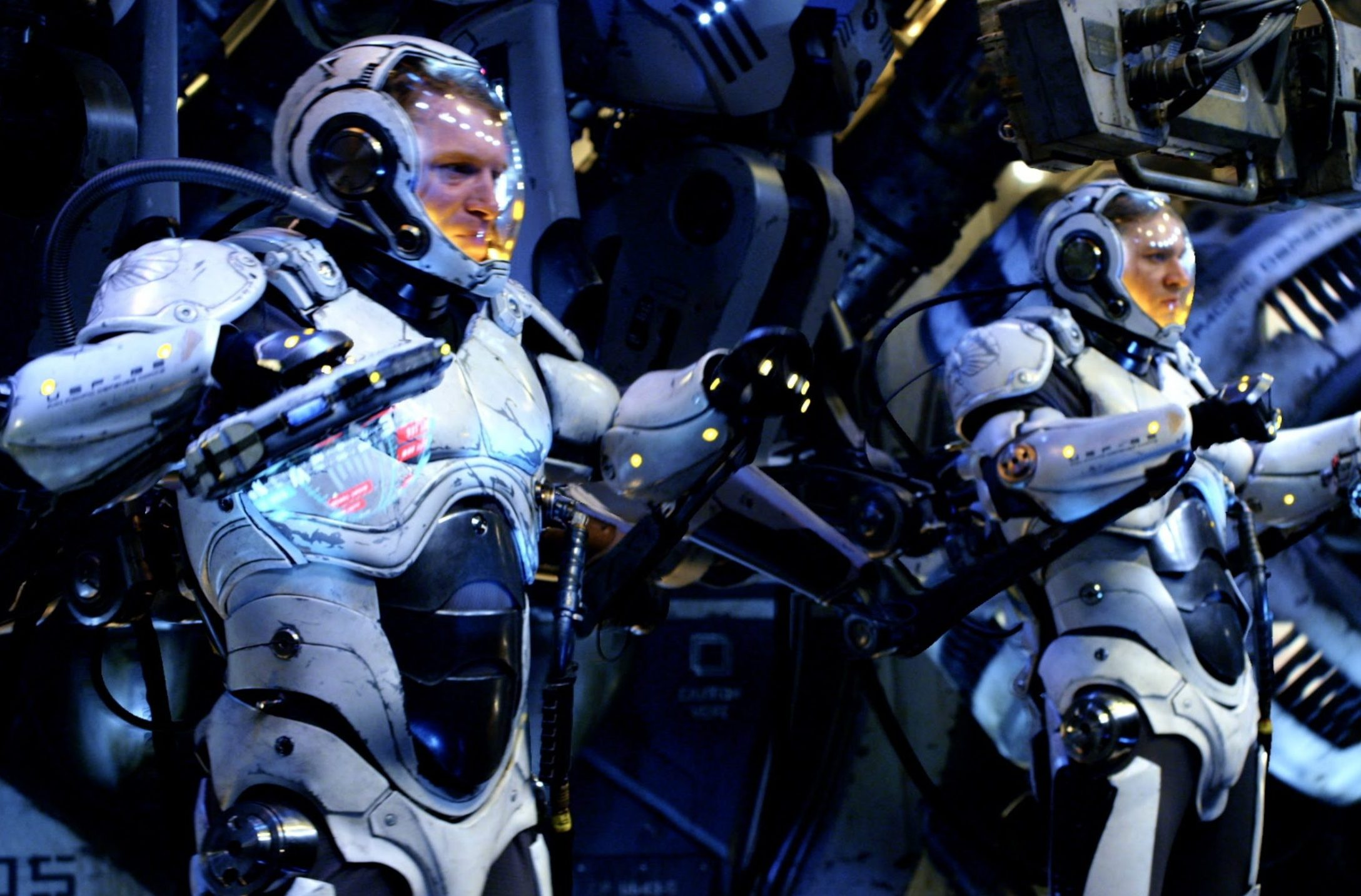 pacific rim jaeger pilot a simul scaled e1624873156740 The Best (And Worst) Movie Robots