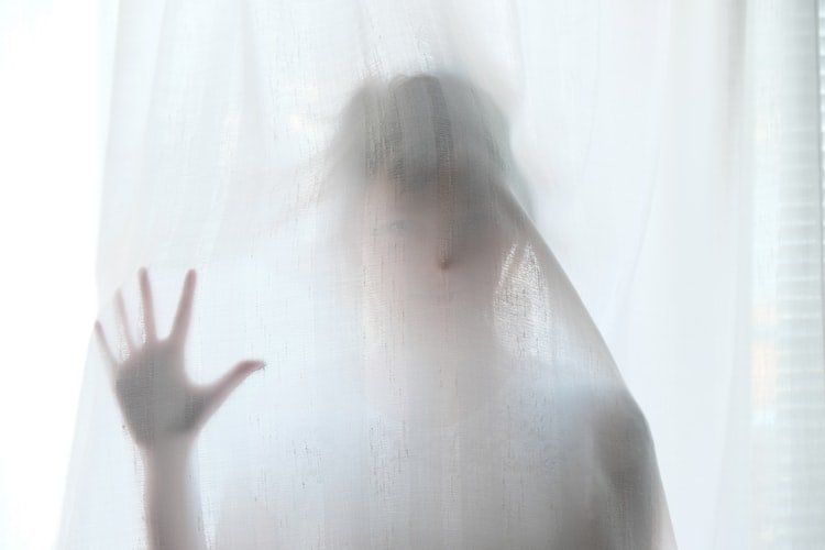 9 8 Spooky Real-Life Experiences Nobody Can Explain