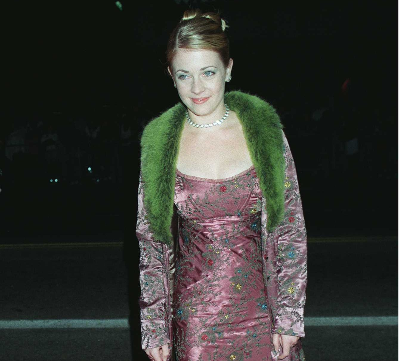 GettyImages 1140574 e1627387784427 The Most Embarrassing Celebrity Red Carpet Looks Of The 90s
