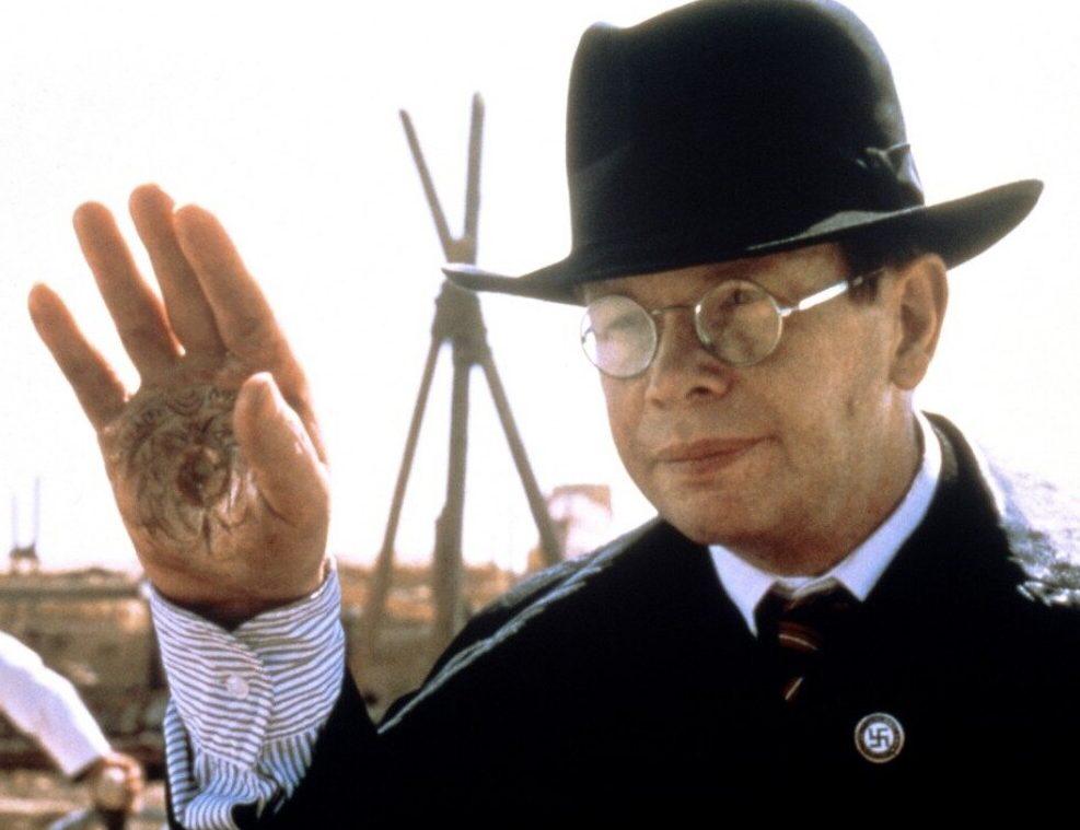 MV5BOTY2YTA5NjktMGNlMC00MDRlLWJiOWMtZDk3MTNjMDAwMTdjXkEyXkFqcGdeQXVyNjQ4ODE4MzQ@. V1 e1626087780649 20 Things You Didn't Know About Indiana Jones and the Last Crusade