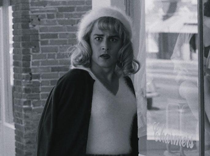 tumblr inline pfisu6ogzE1rx5odr 1280 e1626794840817 10 Far-Fetched Facts About Tim Burton's Ed Wood