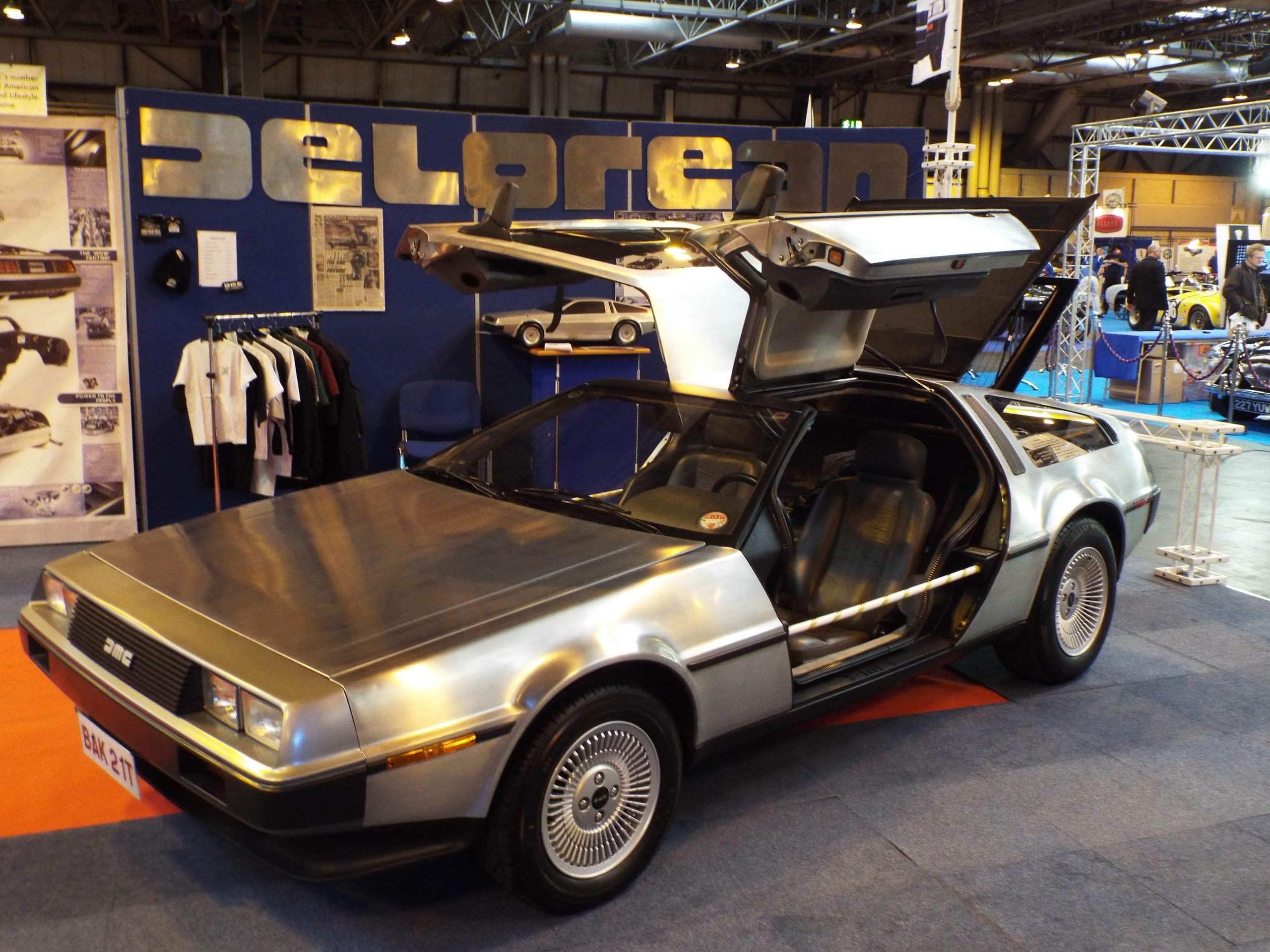 Delorean DMC 12 2 10931420315 scaled DeLorean: The Strange Story Behind The Iconic 80s Sports Car And Its Creator
