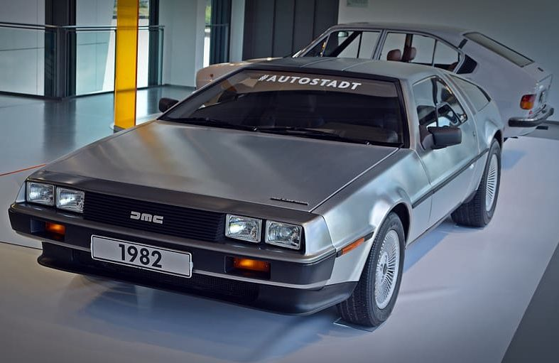 auto de lorean back in the future e1628600939966 DeLorean: The Strange Story Behind The Iconic 80s Sports Car And Its Creator