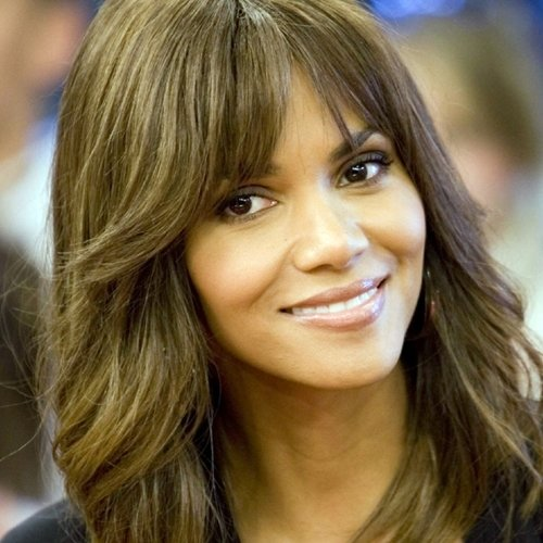 8 6 10 Things You Might Not Have Realised About Halle Berry