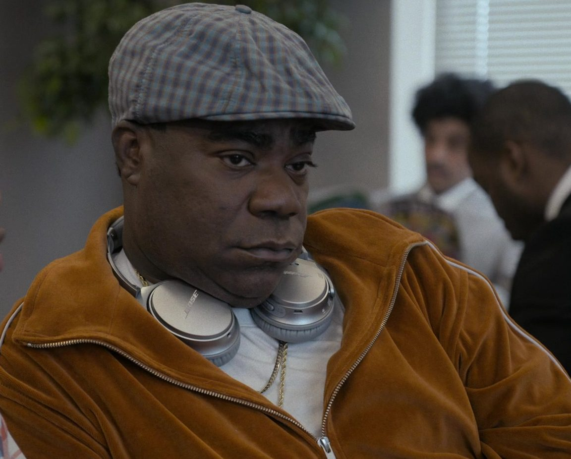 Bose Headphones of Tracy Morgan as Reem Junson in Coming 2 America 2 e1631692235624 Twins Sequel Triplets Will Go Ahead With This Actor Replacing Eddie Murphy